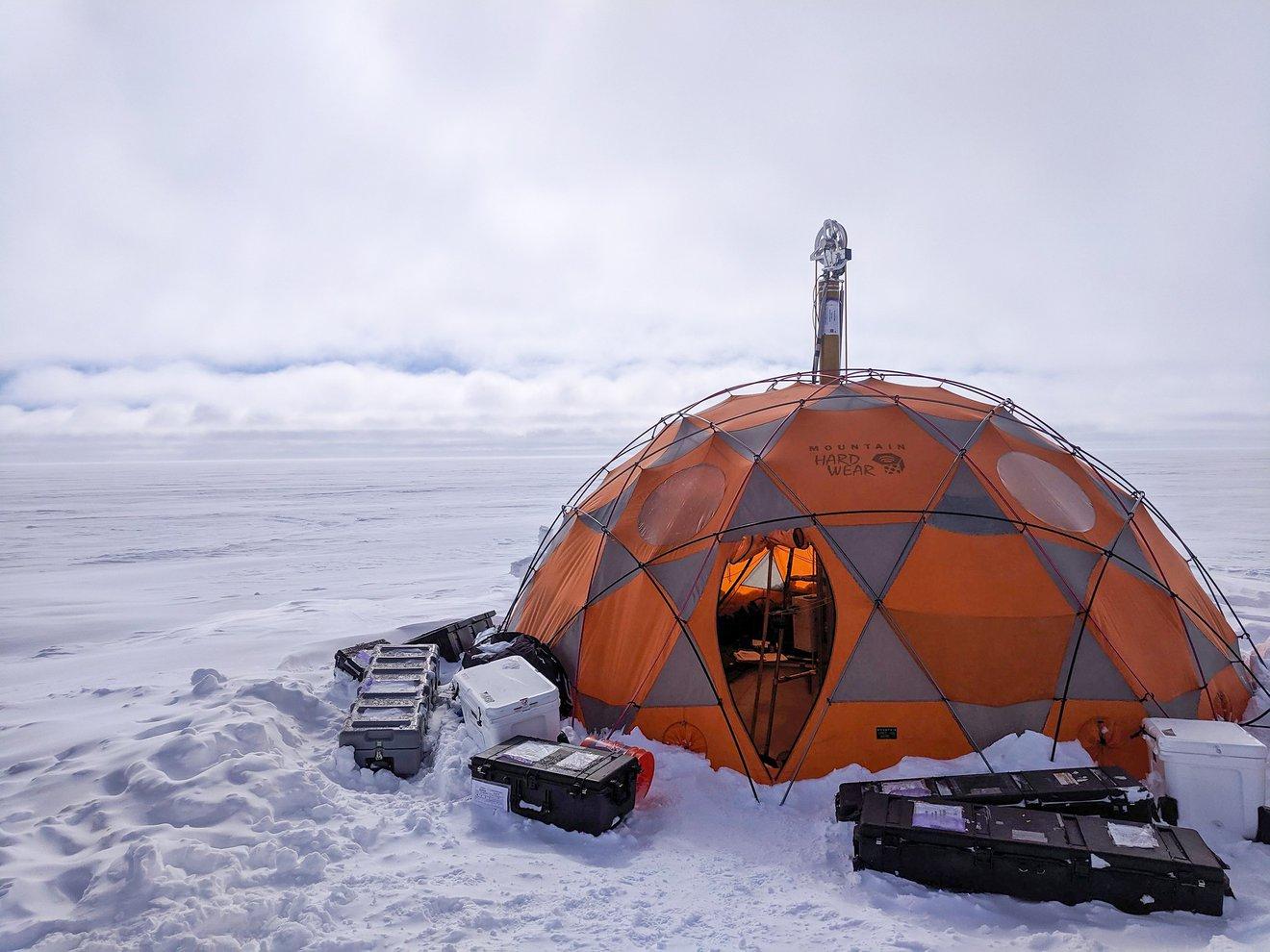 Buscando vida en las cortezas heladas de mundos oceánicos