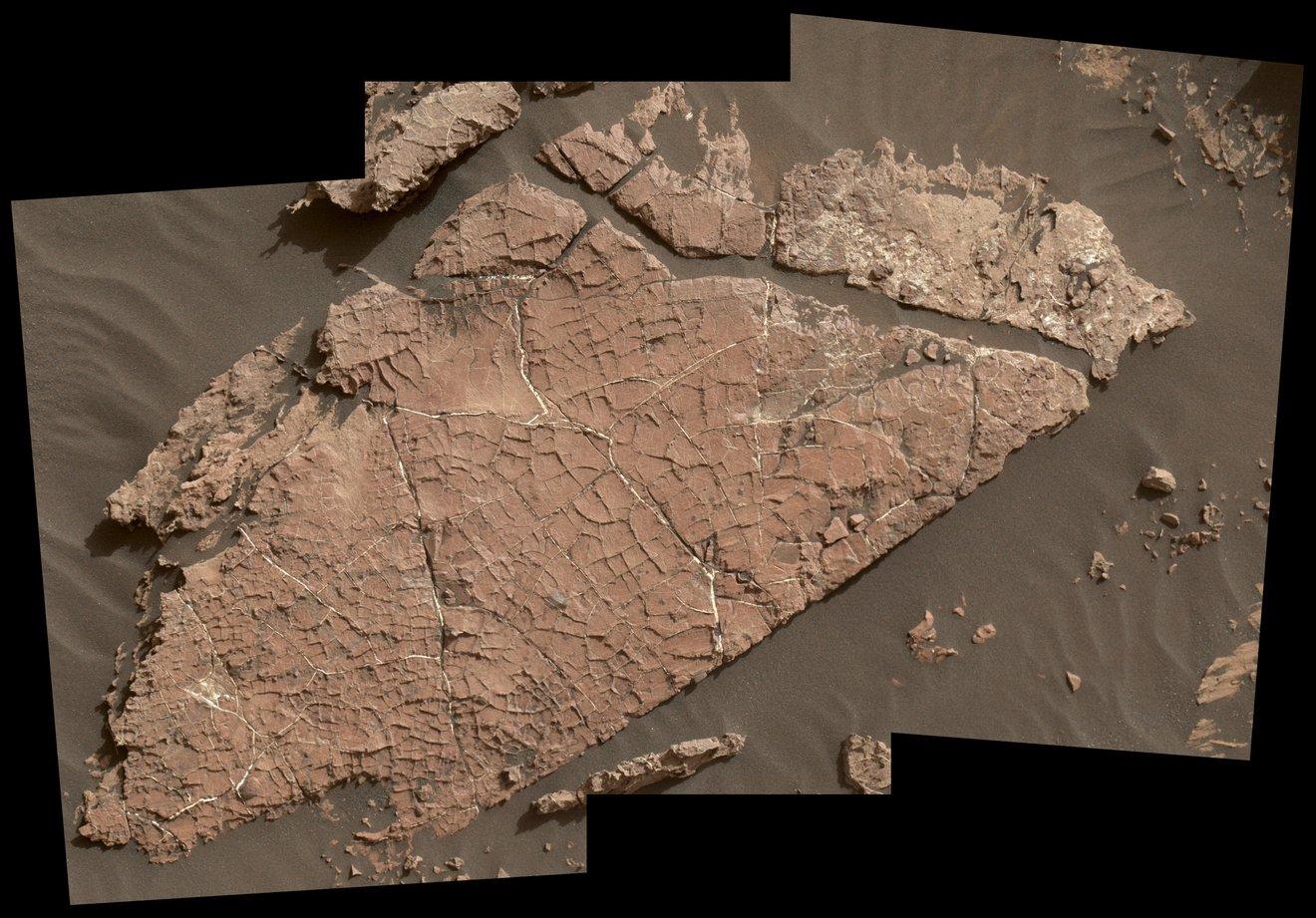 El rover Curiosity de la NASA encuentra fragmentos de roca sin los registros esperados, se abren las puertas a nuevos conocimientos