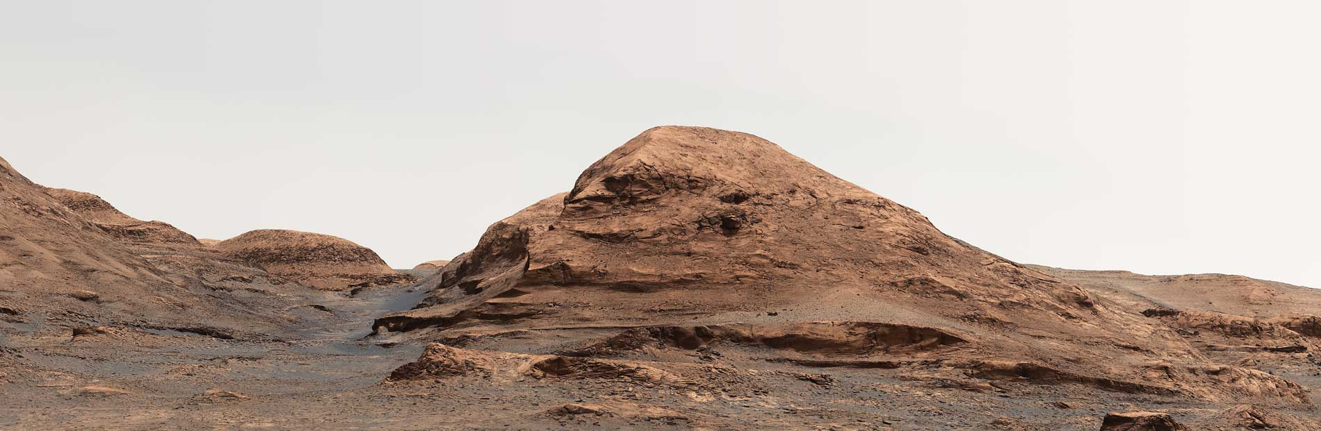 NASA Curiosity Team Appoints Martian Hill to Serve as Missionary 'Passage'